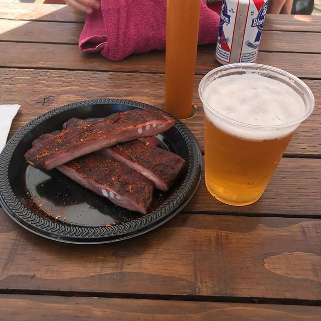 Ribs & beer what a great idea!!