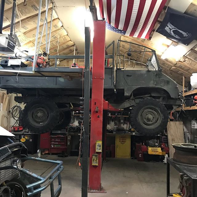 Garage Goals... to be able have life and enough room to lift a unimog.
