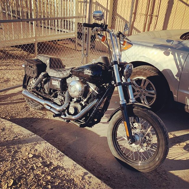It's a nice day for a Dyna Pic. Trying to